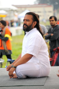 Yogi Dinesh Kashikar of Bangalore-based Art of Living Institute
