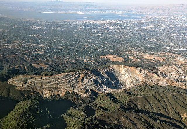 Permanente Quarry: Life on the Rocks